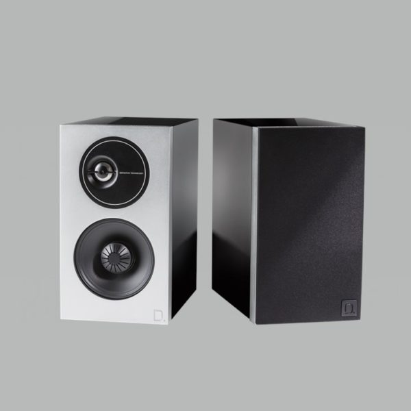 Definitive Technology Demand D7 black