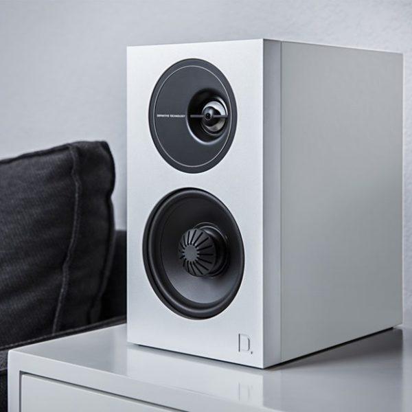Definitive Technology Demand D7 White